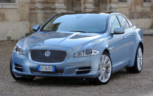 Jaguar-XJL-2010-1920x1200-012